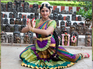 Ivory Grace: Mother-Daughter Duets in Indian Dance