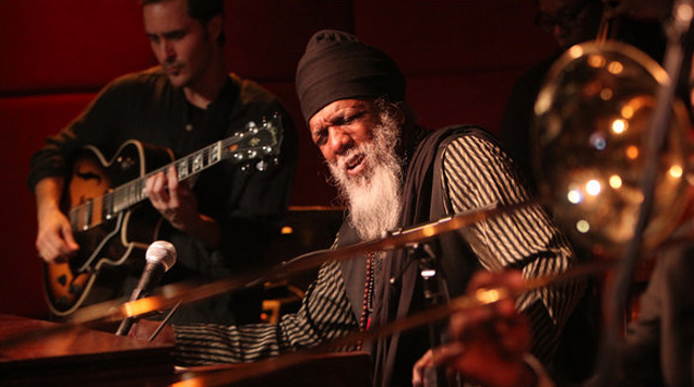 B3 Organ Legend: Dr. Lonnie Smith