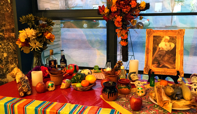 Community Altar-Making Workshops w/ Artesanas Mexicanas
